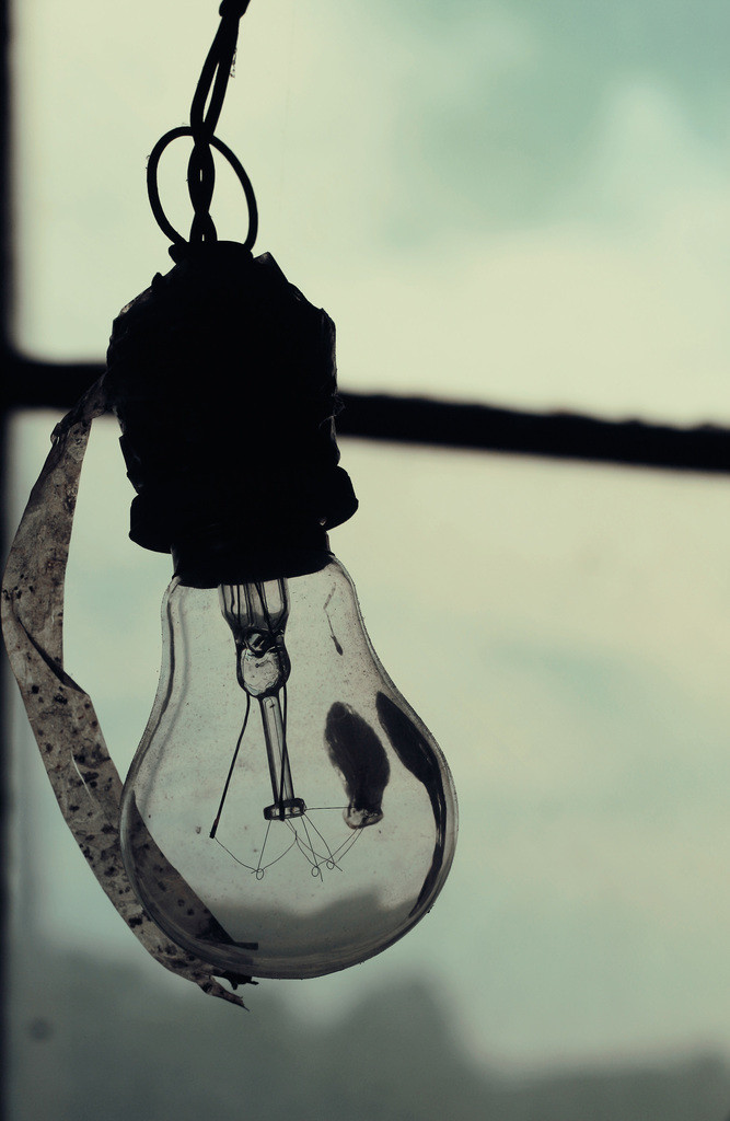 DN-Lightbulb-photopack-217_1024